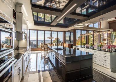 Résidence de Prestige Le Grand Classique / Conception intégrale et design des armoires de cuisine