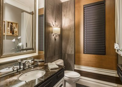 Design de la vanité de la salle d'eau de style classique